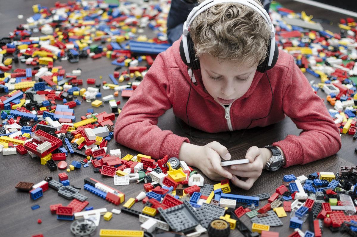 5 kérdés, 5 válasz: milyen mobil való a gyereknek?