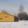 tájkép templommal, sárga házzal
