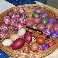 Kellemes Húsvéti Ünnepeket!!!!!!!!