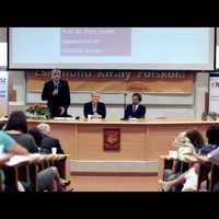 Ilyen is lehet egy konferenciabeszámoló (videó)