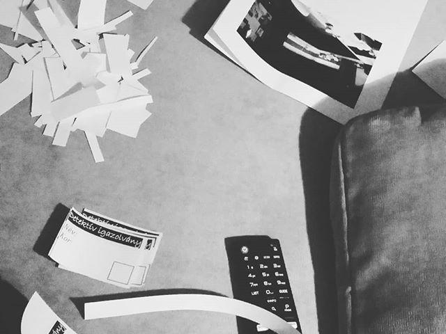 A férjem szerint szalad a ház, ha barkácsolok...:) #szulinapizsuroda #barkácsolok #papír #detektívigazolványt #vagdosok