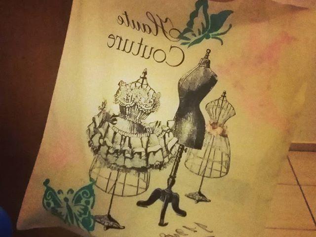 Kész lett :) #textilfestés #szulinapizsuroda  #szerintemszeplett #kreativötletekboltja #pillangók