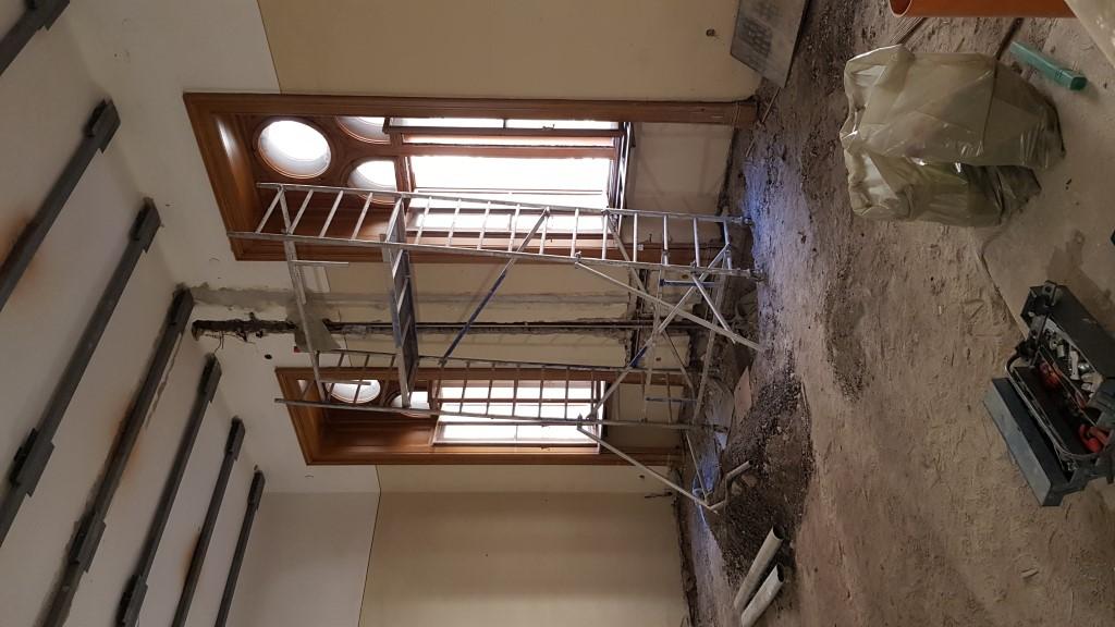 Szomszédos kis szobák újra egybebontva